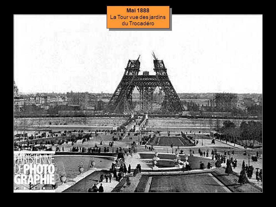 La Tour vue des jardins du Trocadéro