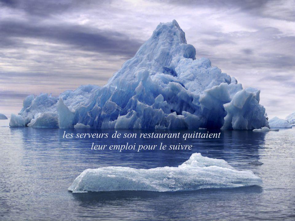 les serveurs de son restaurant quittaient leur emploi pour le suivre