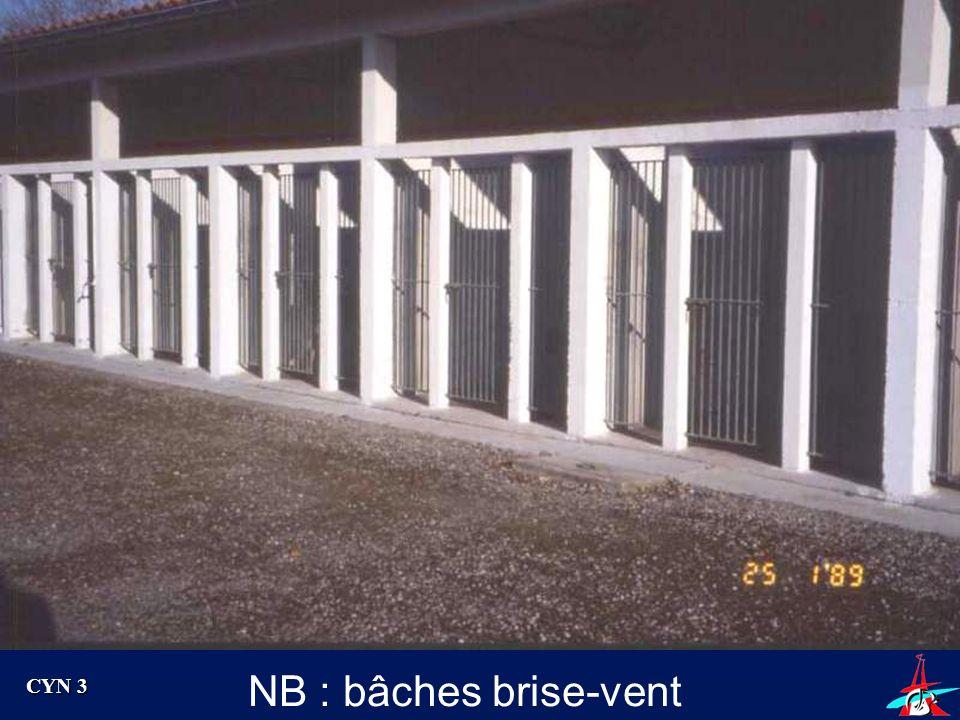 NB : bâches brise-vent CYN 3 Exemple de barreaux avec porte
