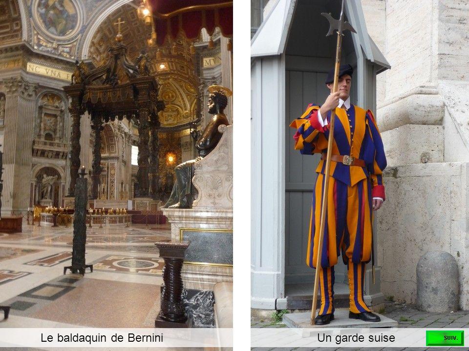 Le baldaquin de Bernini Un garde suise