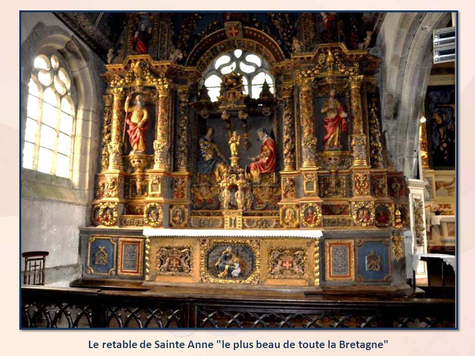 Le retable de Sainte Anne le plus beau de toute la Bretagne