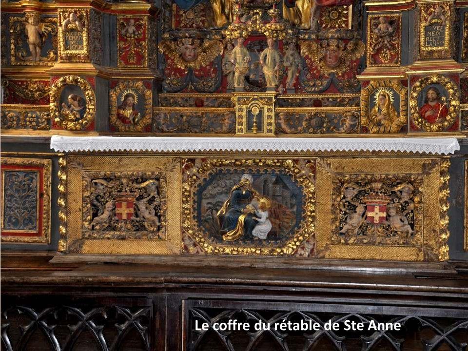 Le coffre du rétable de Ste Anne