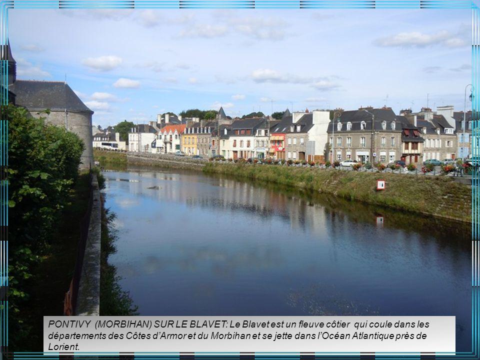 PONTIVY (MORBIHAN) SUR LE BLAVET: Le Blavet est un fleuve côtier qui coule dans les départements des Côtes d'Armor et du Morbihan et se jette dans l'Océan Atlantique près de Lorient.