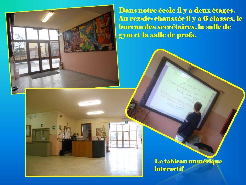 Dans notre école il y a deux étages