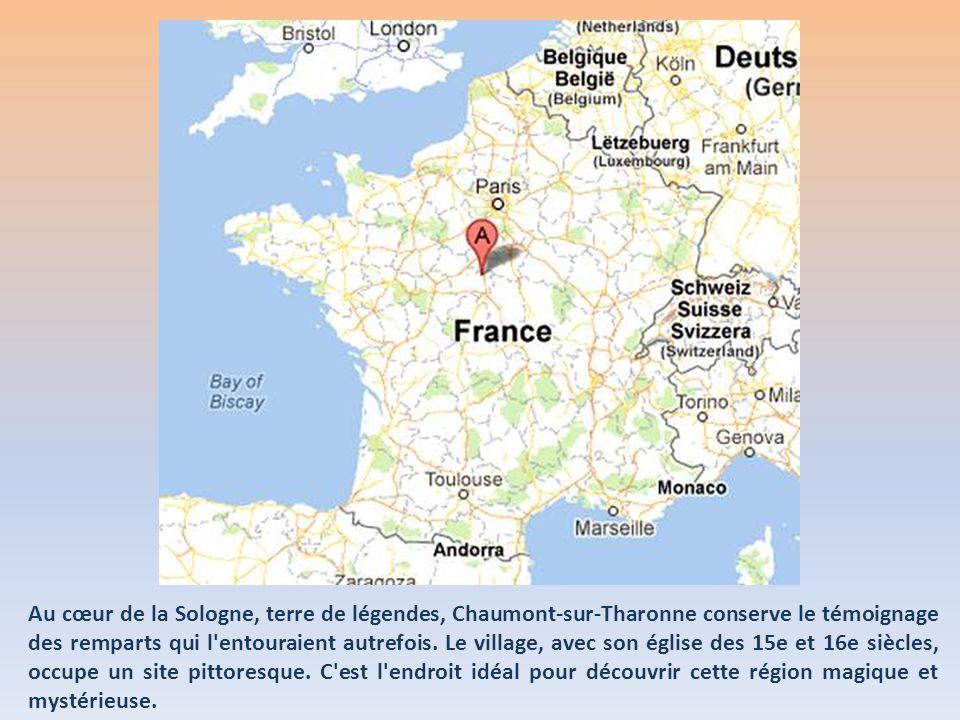 Au cœur de la Sologne, terre de légendes, Chaumont-sur-Tharonne conserve le témoignage des remparts qui l entouraient autrefois.
