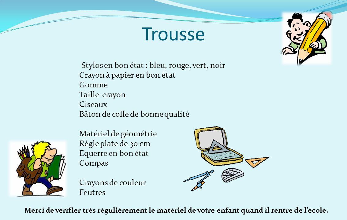 Trousse Stylos en bon état : bleu, rouge, vert, noir