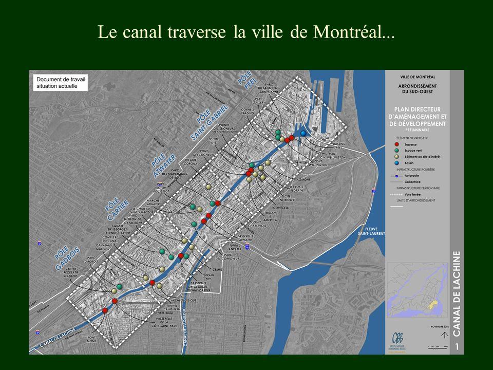 Le canal traverse la ville de Montréal...