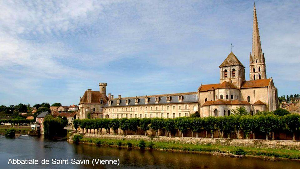 Abbatiale de Saint-Savin (Vienne)