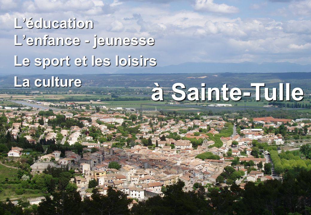 à Sainte-Tulle L'éducation L'enfance - jeunesse