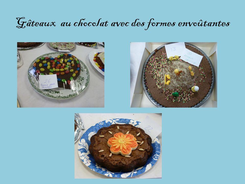 Gâteaux au chocolat avec des formes envoûtantes