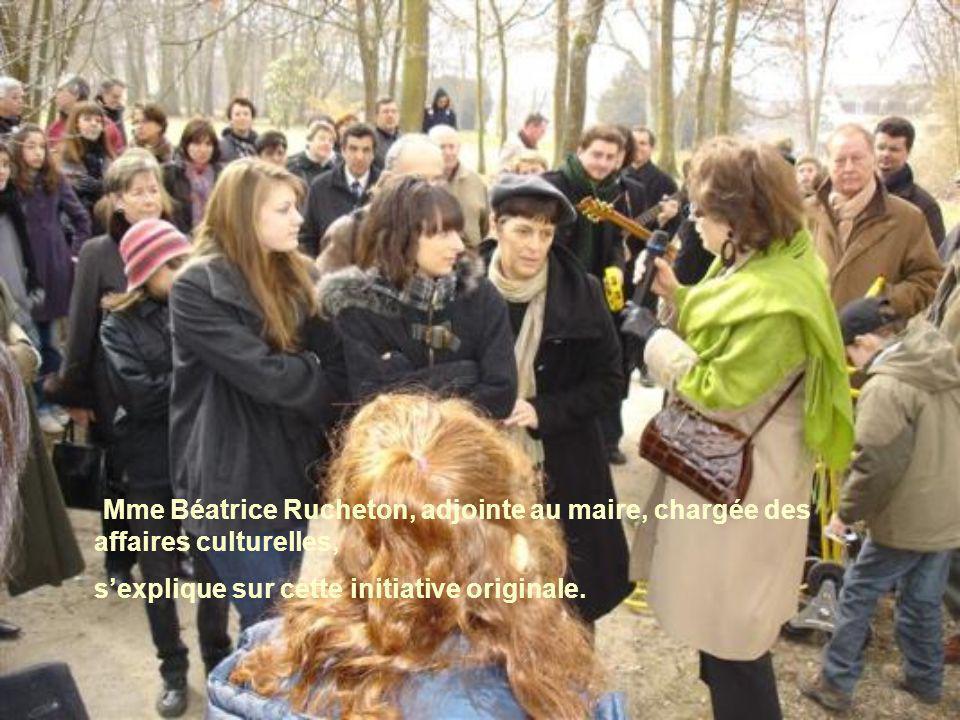 Mme Béatrice Rucheton, adjointe au maire, chargée des affaires culturelles, s'explique sur cette initiative originale.