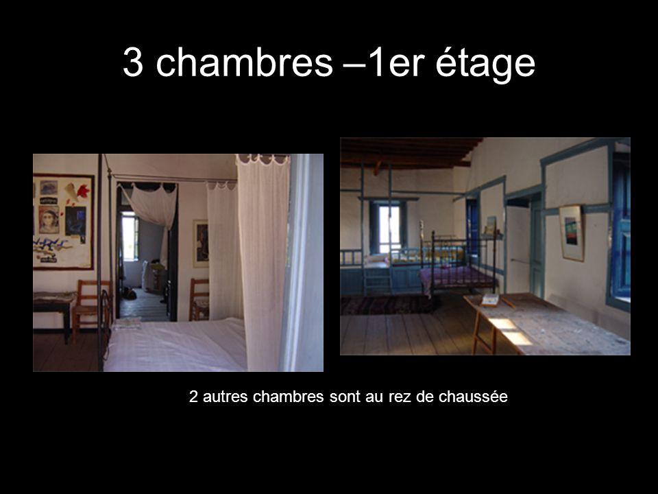 3 chambres –1er étage 2 autres chambres sont au rez de chaussée