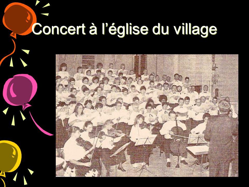 Concert à l'église du village