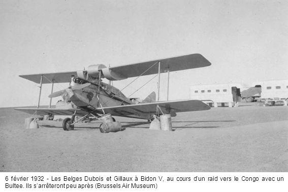 6 février 1932 - Les Belges Dubois et Gillaux à Bidon V, au cours d'un raid vers le Congo avec un Bultee.