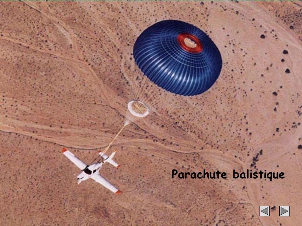 Parachute balistique