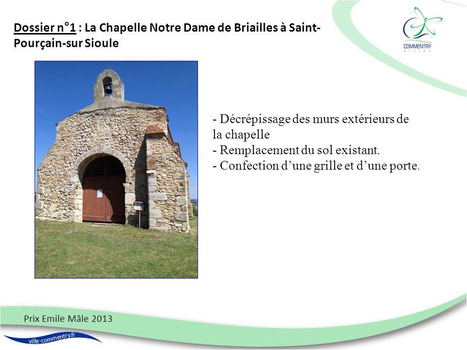 - Décrépissage des murs extérieurs de la chapelle