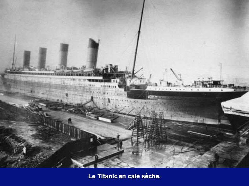 Le Titanic en cale sèche.