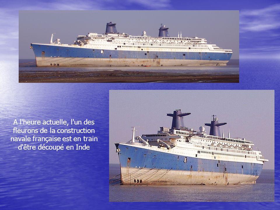 A l heure actuelle, l un des fleurons de la construction navale française est en train d être découpé en Inde