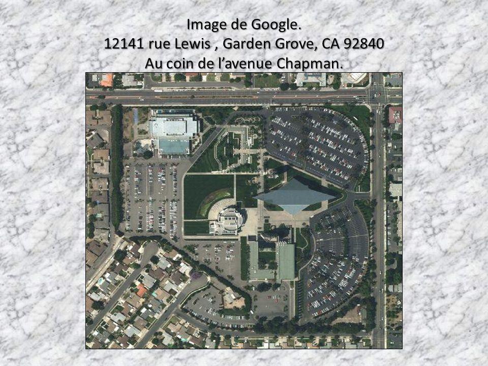12141 rue Lewis , Garden Grove, CA 92840 Au coin de l'avenue Chapman.
