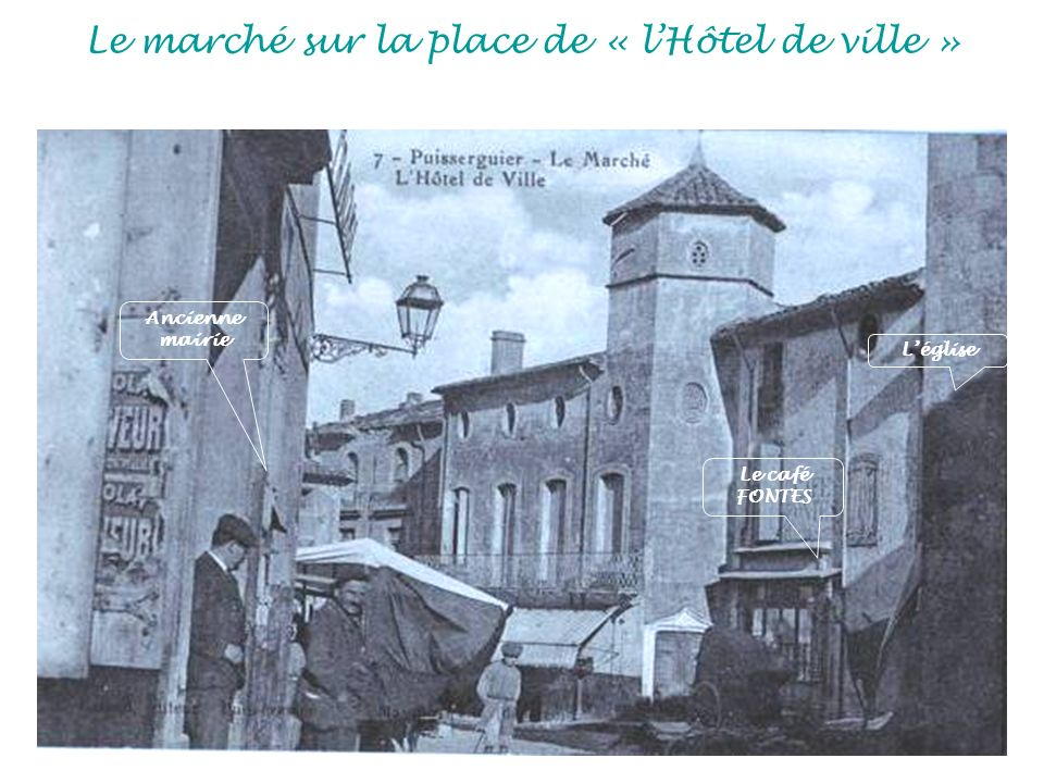 Le marché sur la place de « l'Hôtel de ville »