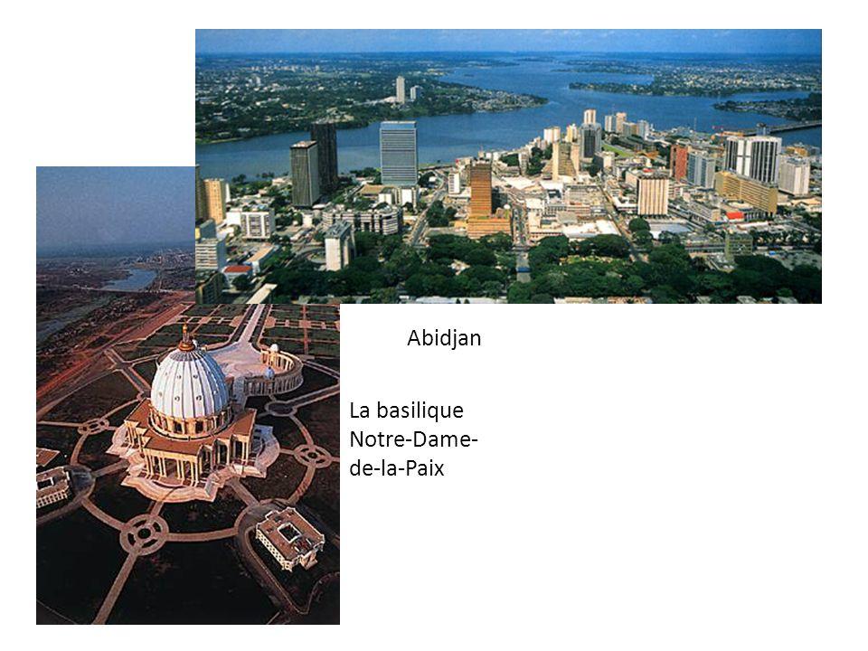 Abidjan La basilique Notre-Dame-de-la-Paix