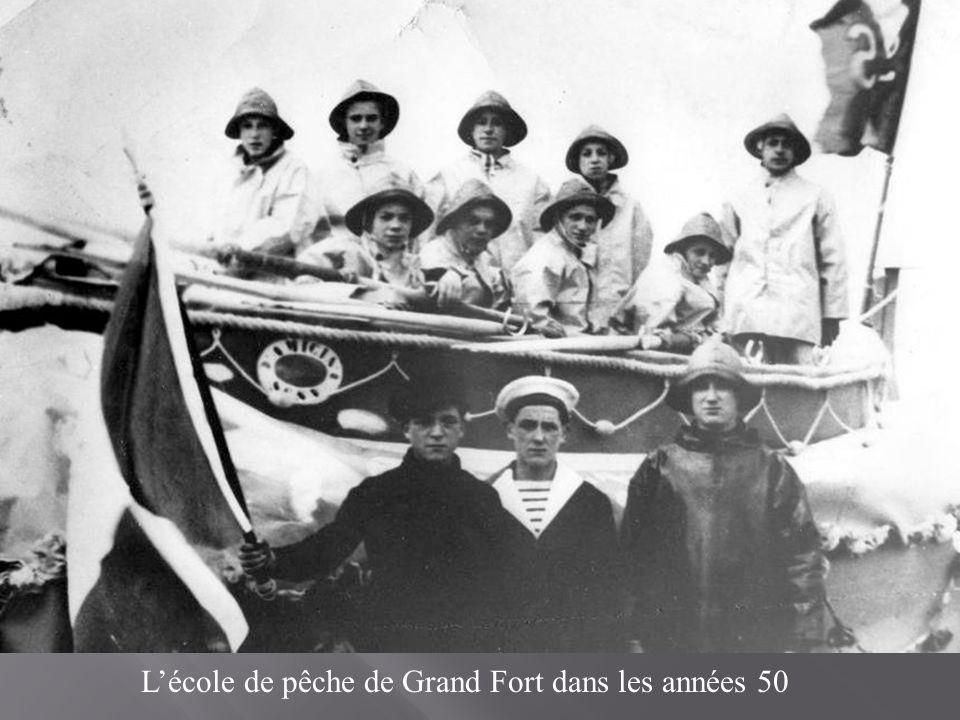 L'école de pêche de Grand Fort dans les années 50