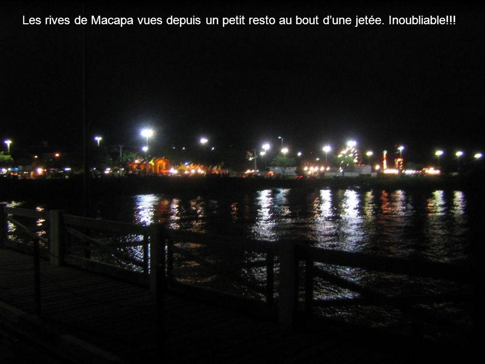 Les rives de Macapa vues depuis un petit resto au bout d'une jetée