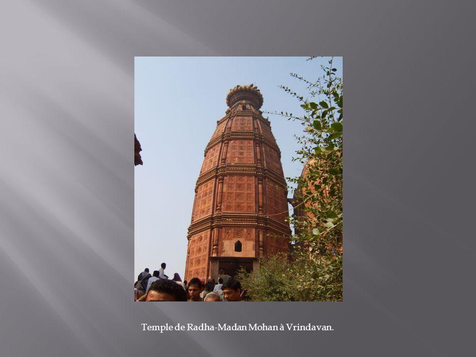 Temple de Radha-Madan Mohan à Vrindavan.