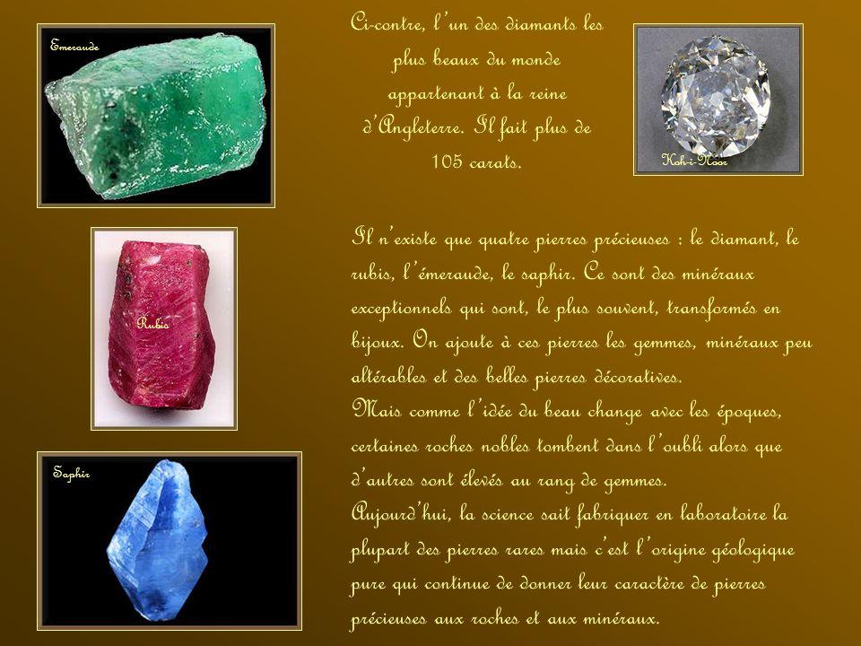 Ci-contre, l'un des diamants les plus beaux du monde appartenant à la reine d'Angleterre. Il fait plus de 105 carats.