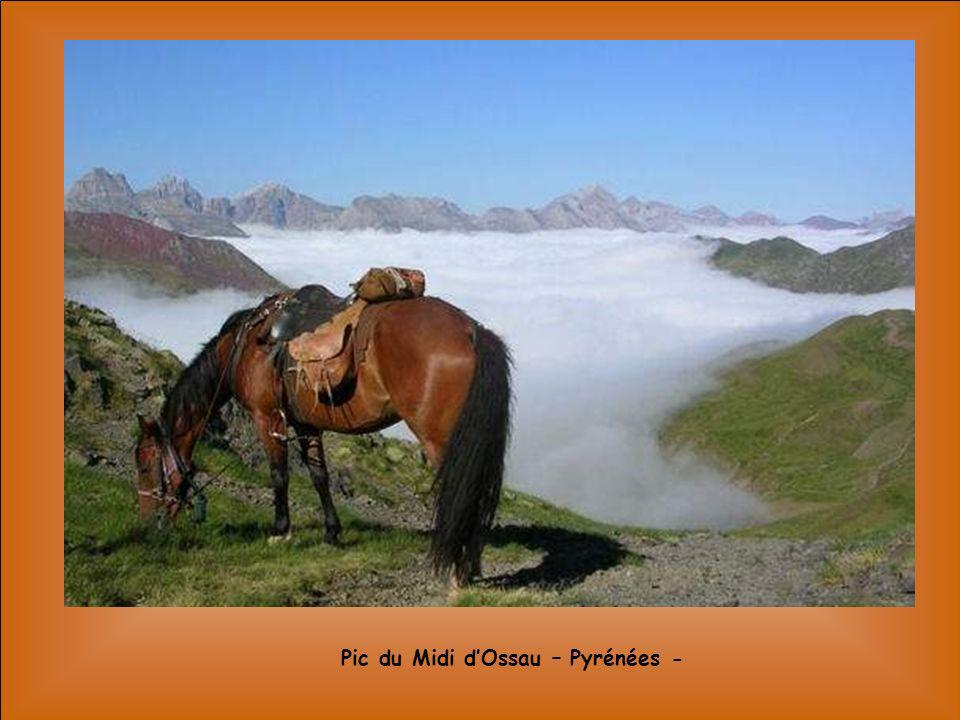 Pic du Midi d'Ossau – Pyrénées -