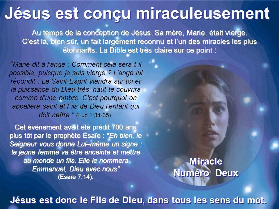Jésus est conçu miraculeusement