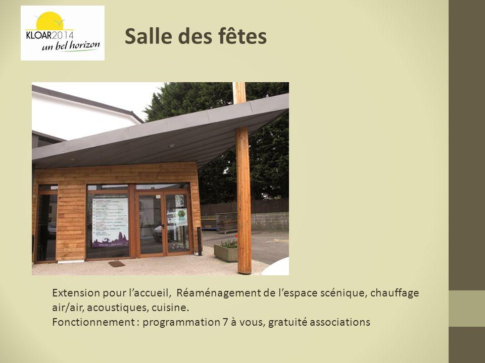 Salle des fêtes Extension pour l'accueil, Réaménagement de l'espace scénique, chauffage air/air, acoustiques, cuisine.