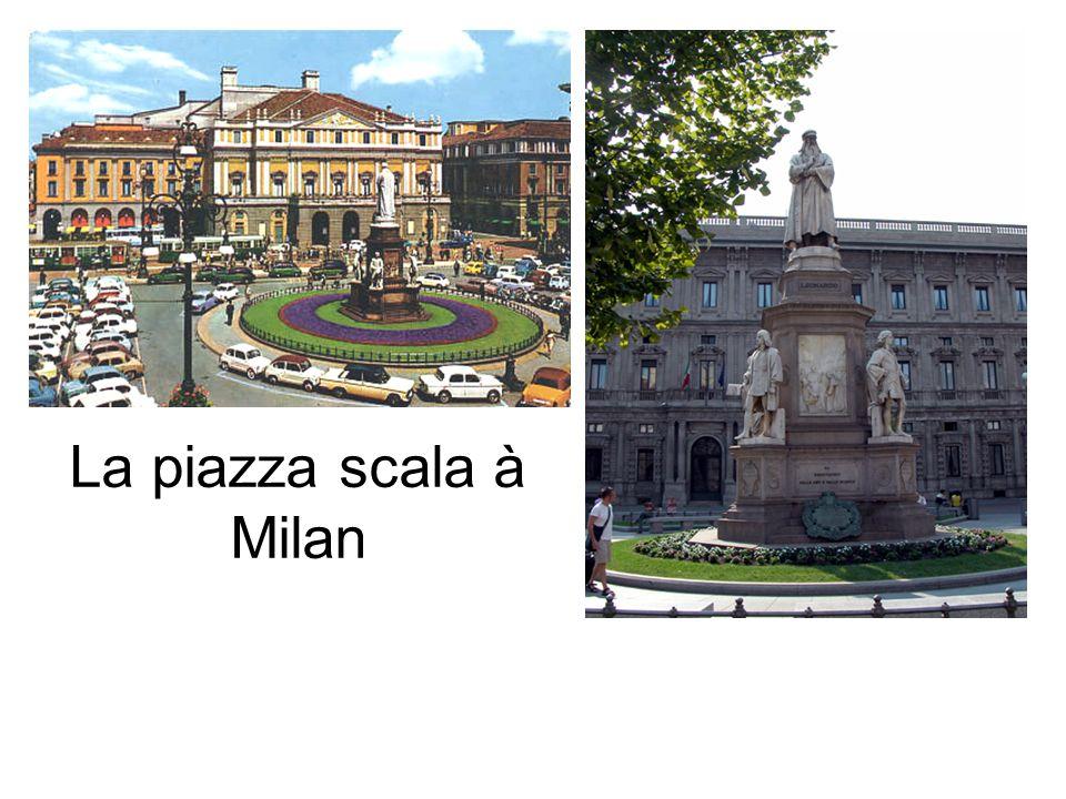 La piazza scala à Milan