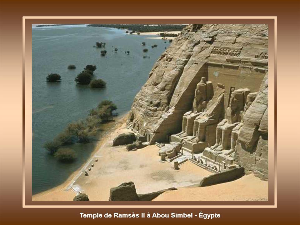 Temple de Ramsès II à Abou Simbel - Égypte
