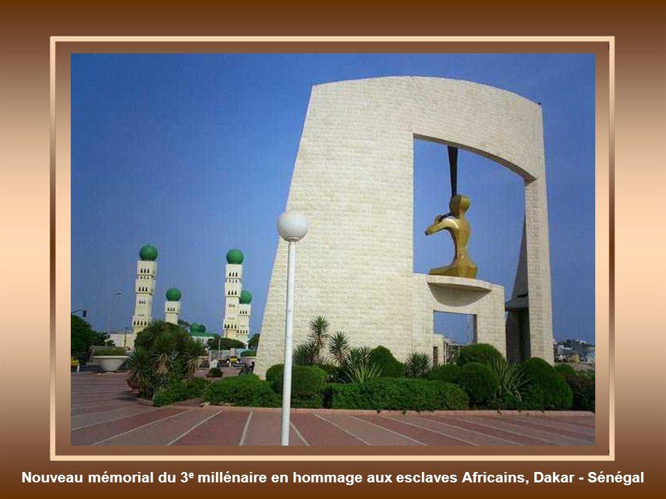 Nouveau mémorial du 3e millénaire en hommage aux esclaves Africains, Dakar - Sénégal