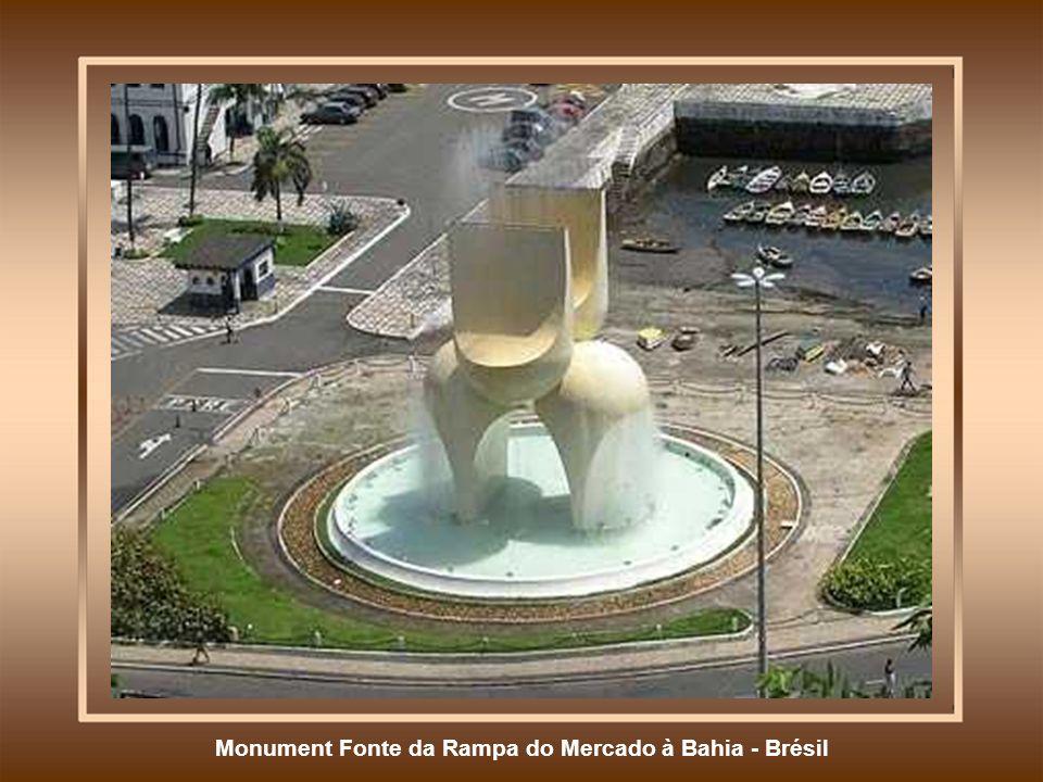 Monument Fonte da Rampa do Mercado à Bahia - Brésil