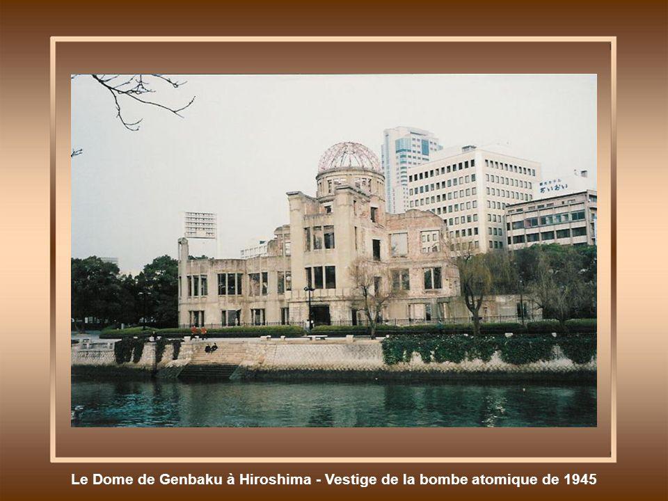 Le Dome de Genbaku à Hiroshima - Vestige de la bombe atomique de 1945
