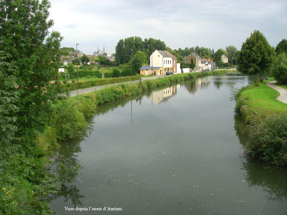 Vues depuis l'ouest d'Amiens
