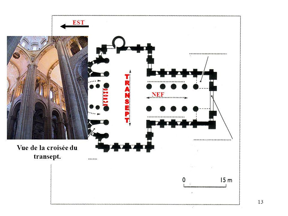 Vue de la croisée du transept.