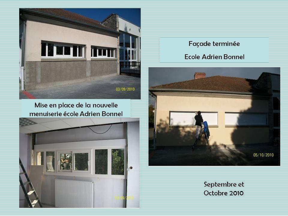 Mise en place de la nouvelle menuiserie école Adrien Bonnel