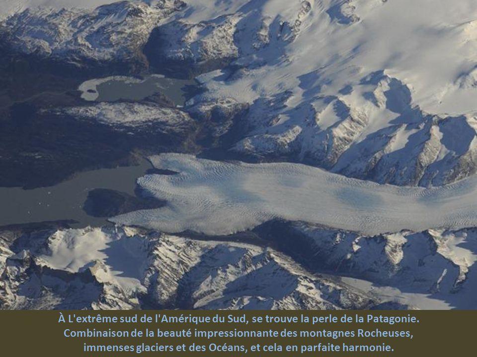 Combinaison de la beauté impressionnante des montagnes Rocheuses,