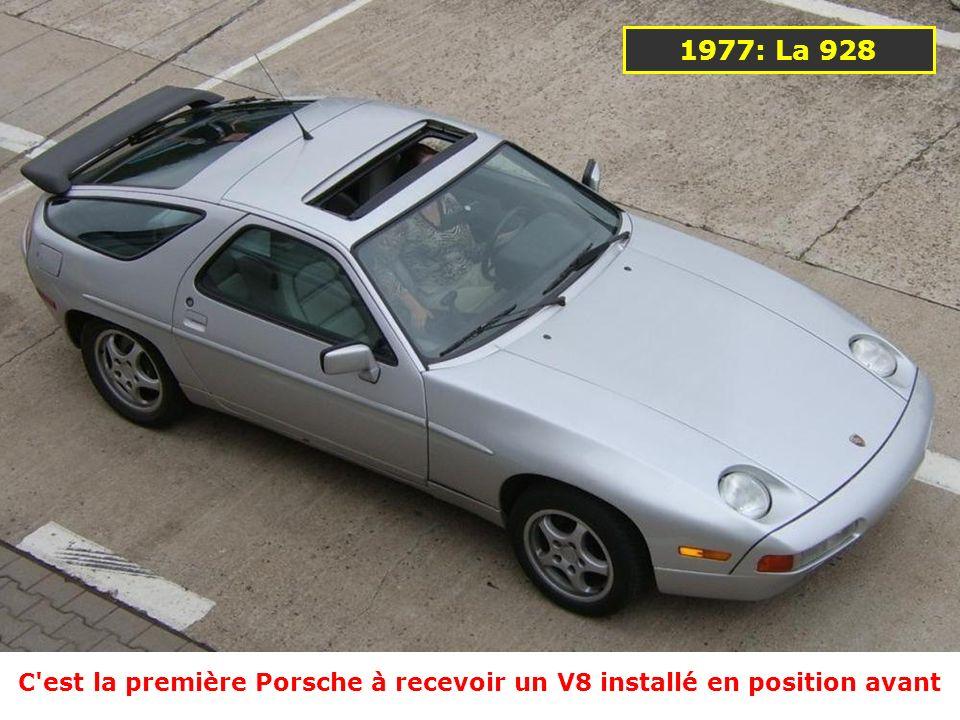 C est la première Porsche à recevoir un V8 installé en position avant
