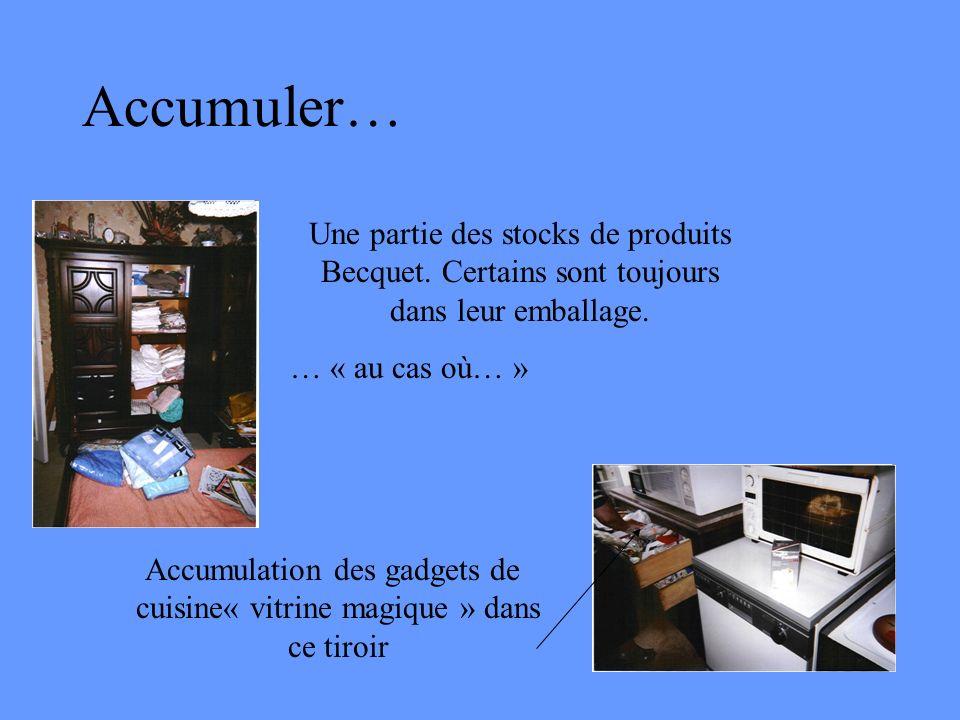 Accumulation des gadgets de cuisine« vitrine magique » dans ce tiroir