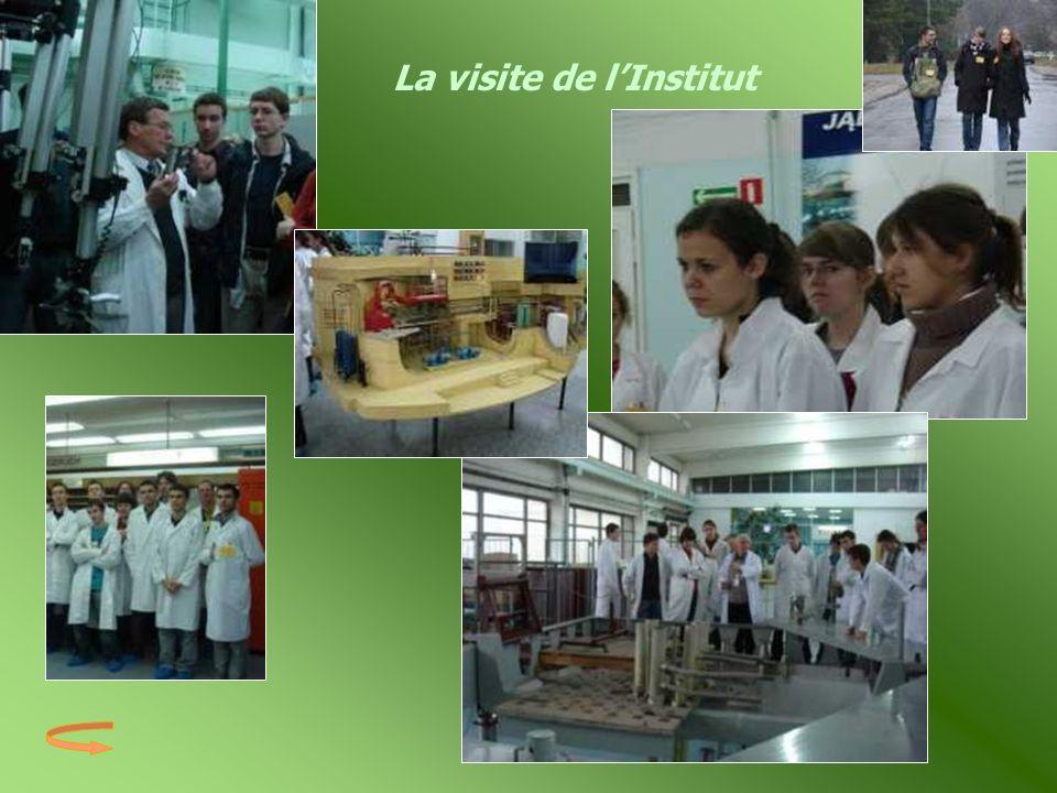 La visite de l'Institut