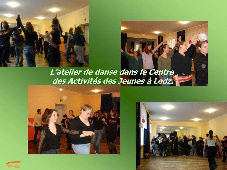 L'atelier de danse dans le Centre des Activités des Jeunes à Lodz.