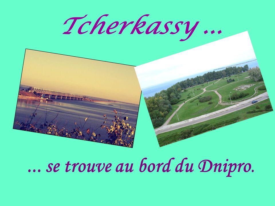 ... se trouve au bord du Dnipro.