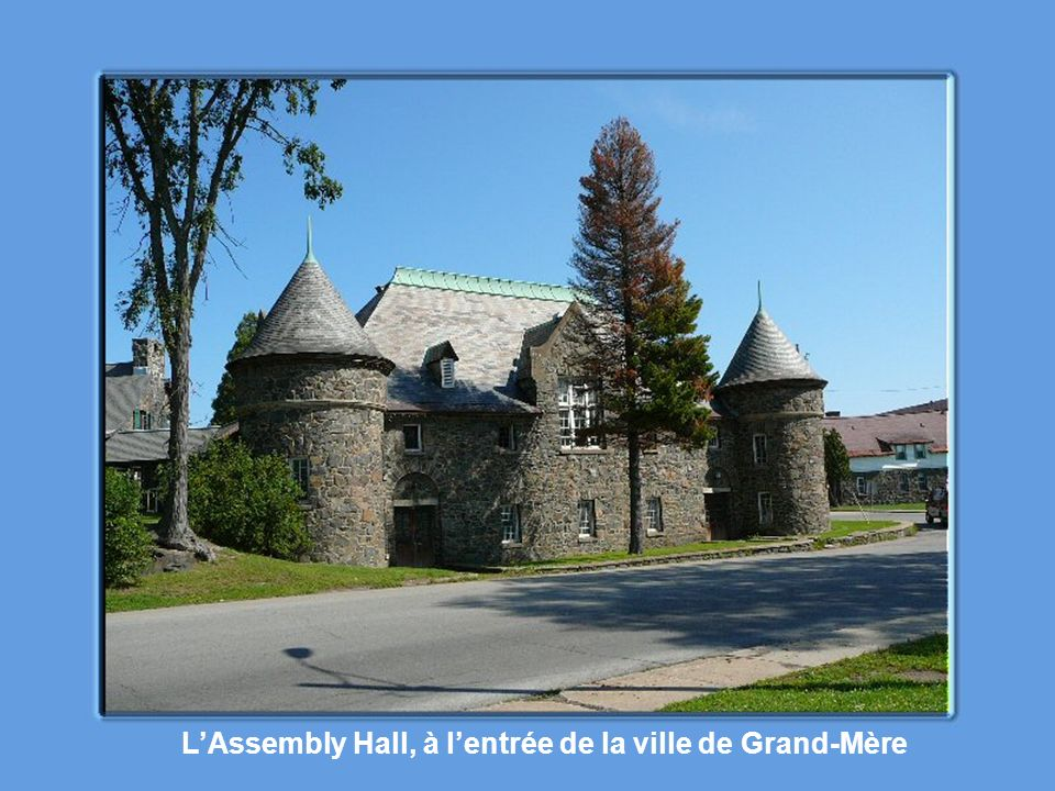 L'Assembly Hall, à l'entrée de la ville de Grand-Mère
