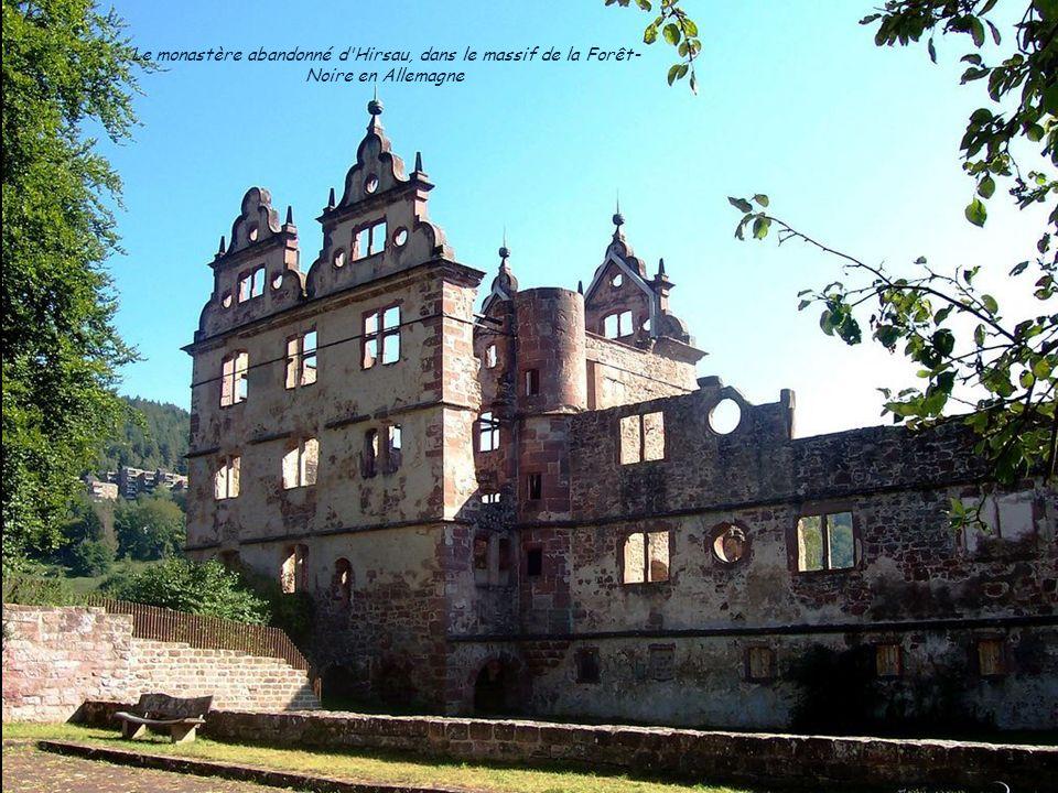 Le monastère abandonné d Hirsau, dans le massif de la Forêt-Noire en Allemagne