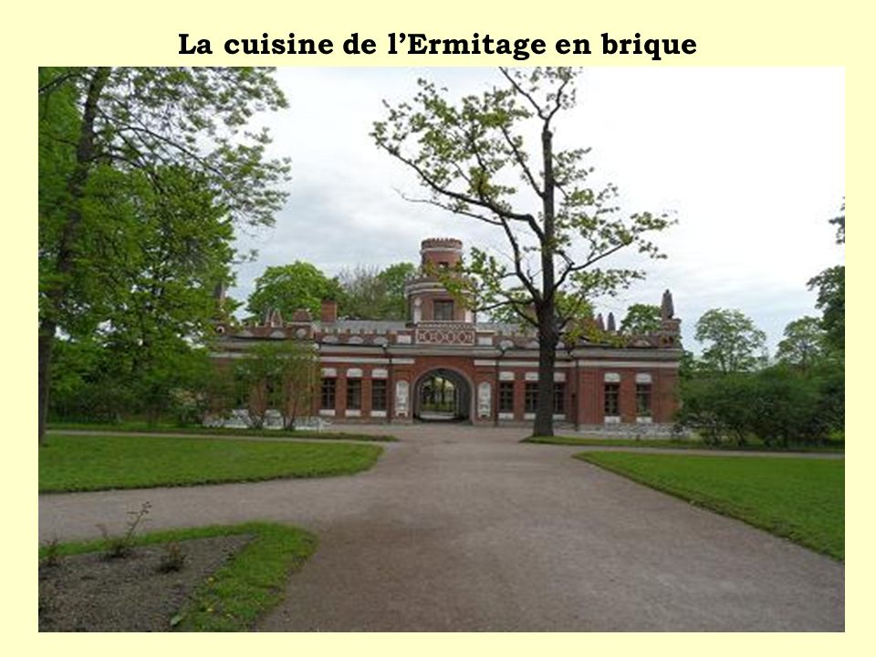La cuisine de l'Ermitage en brique