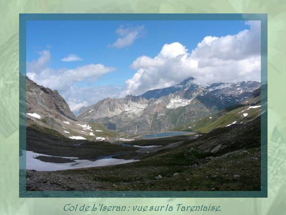 Col de L'Iseran : vue sur la Tarentaise.